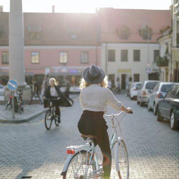 Jössz bicajozni?
